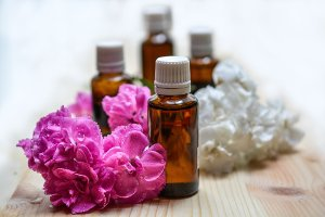 Essential Oils and Natural Cosmetics