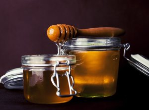 Cosmetic Uses of Honey and Bee Products