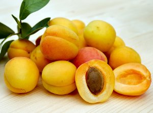 Cosmetic Benefits of Apricot Kernel Oil