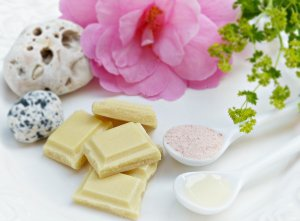 How to Use Cocoa Butter in Cooking and Personal Care