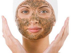 Is It Safe to Use Face Scrub in the Summer?